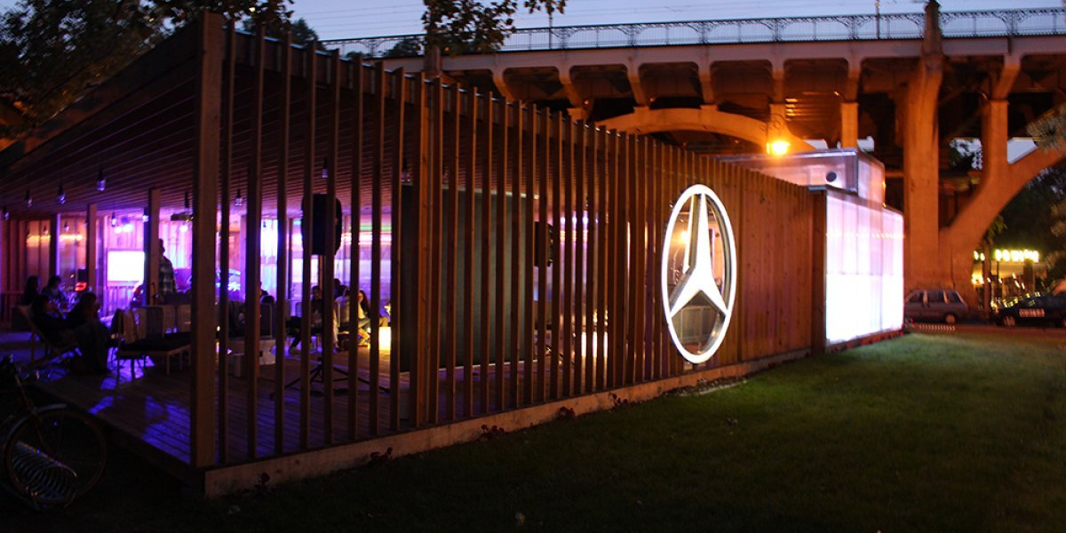Mercedes Station - stend-mercedes-2014-prolight-2.jpg